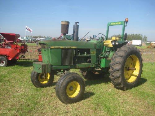 Foto van een John Deere 4020. Geplaatst door jordi 1455 op 20-05-2016 om 23:55:58, op TractorFan.nl - de nummer 1 tractor foto website.
