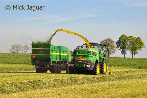 Foto van een John Deere 8600i. Geplaatst door Mick Jaguar op 25-07-2016 om 21:29:00, op TractorFan.nl - de nummer 1 tractor foto website.