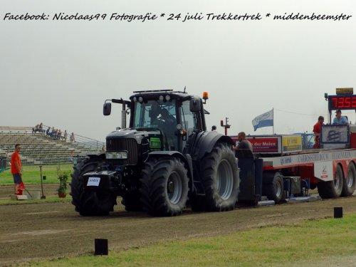 Trekkertrek Middenbeemster 2016. Geplaatst door NicolaasK op 05-08-2016 om 21:19:32, op TractorFan.nl - de nummer 1 tractor foto website.