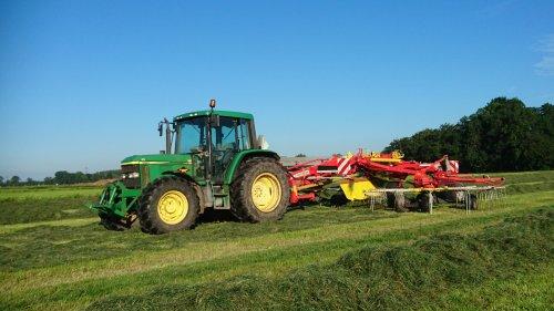 Foto van een John Deere 6210. Geplaatst door GROENEDEERE op 11-09-2016 om 19:14:25, op TractorFan.nl - de nummer 1 tractor foto website.