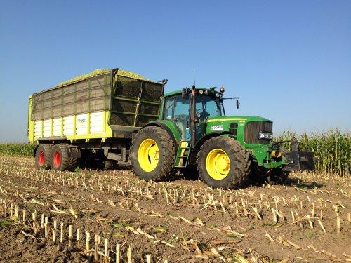 vandaag eerste mais getransporteerd met de John Deere 6530 Premium .. Geplaatst door gerrit power op 14-09-2016 om 22:44:57, met 2 reacties.