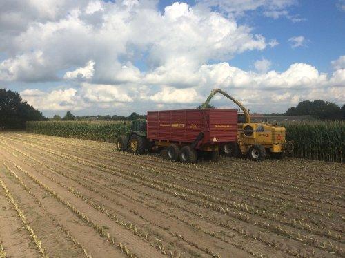 Foto van een John Deere 7810  met siwa. Geplaatst door jans op 26-09-2016 om 21:42:16, op TractorFan.nl - de nummer 1 tractor foto website.