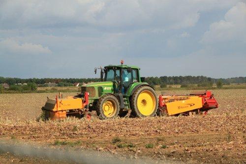 Foto van een John Deere 6920. Geplaatst door alfredo op 03-10-2016 om 11:04:18, op TractorFan.nl - de nummer 1 tractor foto website.