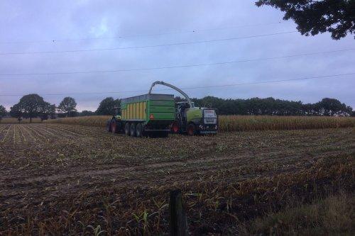Foto van een Joskin Drakkar. Loonbedrijf Haveneers.. Geplaatst door StijnTheDeereDriver op 25-10-2019 om 00:02:10, op TractorFan.nl - de nummer 1 tractor foto website.