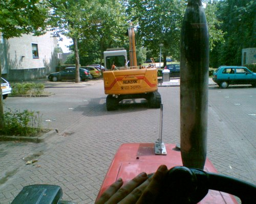 jah mooi eindje rupsen door de wijke heen. Geplaatst door eenboereknecht op 19-06-2007 om 10:03:17, met 14 reacties.