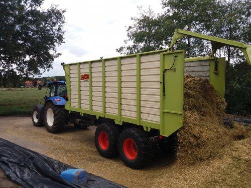 Foto van een Kaweco Radium 45. Geplaatst door jordi 1455 op 13-09-2018 om 23:28:10, op TractorFan.nl - de nummer 1 tractor foto website.
