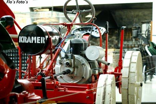 Foto van een Kramer Motormäher A31 in de treckermuseum in Paderborn. Geplaatst door Florian op 02-01-2017 om 20:53:41, op TractorFan.nl - de nummer 1 tractor foto website.
