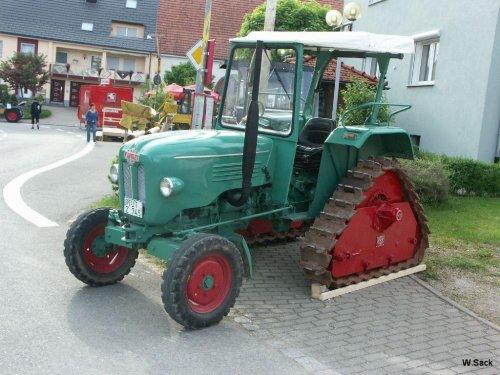 Kramer KL 300 op rupsen, Foto genomen op het Kramer treffen in Gutmadingen (de plaats in Zuid Duitsland waar één van de Kramer fabrieken vroeger stond)