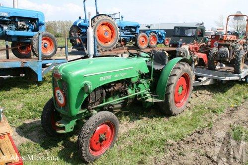 Foto van een Kramer 450 Export, bezig met poseren.. Geplaatst door Alex Miedema op 26-04-2014 om 21:51:41, op TractorFan.nl - de nummer 1 tractor foto website.