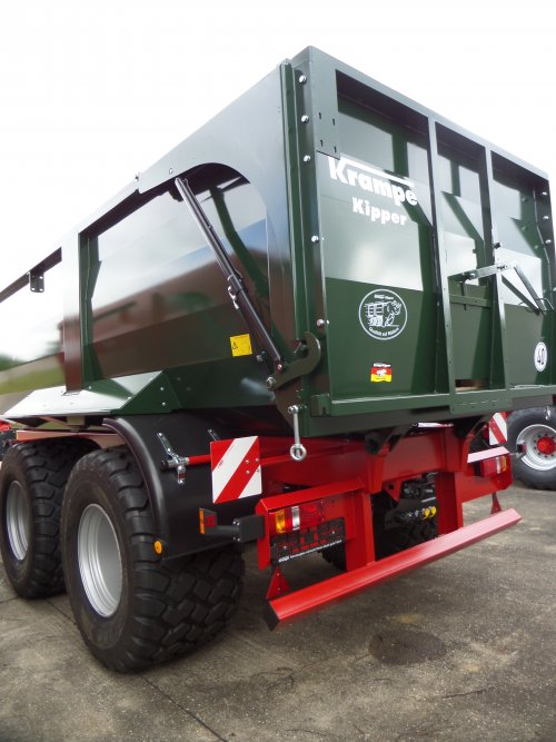 Krampe Big Body 750 van JD6930