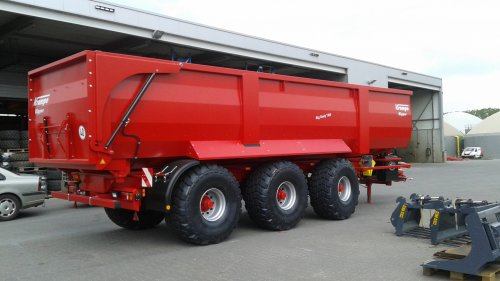 Krampe Big body 900 van JD6930