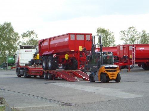 Krampe Big Body 750 van JD6930