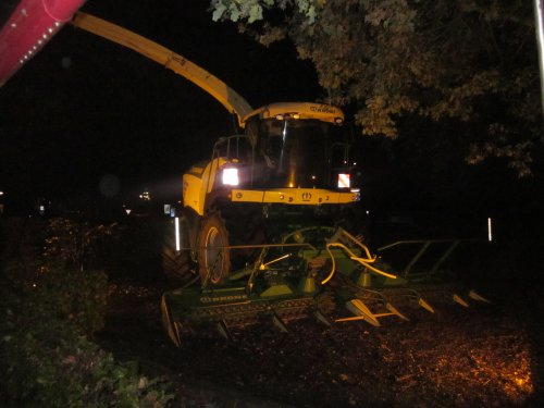Foto van een Krone Big X 500. Geplaatst door jordi 1455 op 14-01-2018 om 12:43:39, op TractorFan.nl - de nummer 1 tractor foto website.