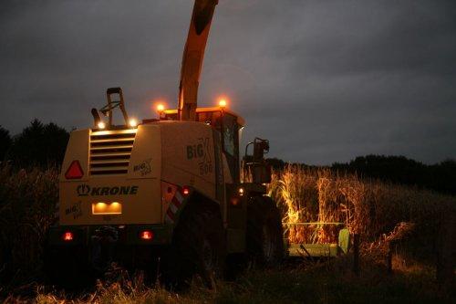 Foto van een Krone Big X 500. Geplaatst door beunhoas jasper op 19-04-2019 om 17:44:13, op TractorFan.nl - de nummer 1 tractor foto website.