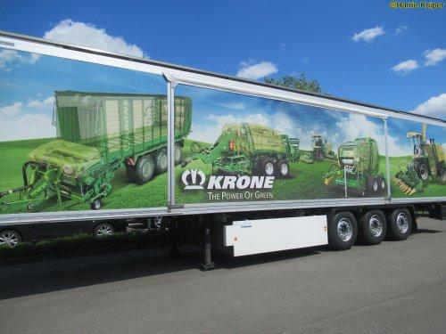 Foto van een Krone oplegger. 29 mei bezoek gebracht aan de Krone fabriek in DLD. ( Spelle ). Geplaatst door oldtimergek op 01-06-2019 om 23:04:03, op TractorFan.nl - de nummer 1 tractor foto website.