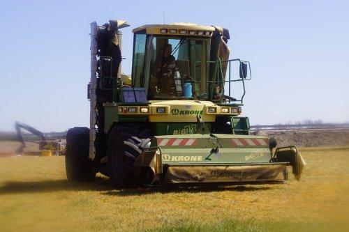 Foto van een Krone Big M II. Geplaatst door jans-eising op 17-05-2020 om 13:58:00, op TractorFan.nl - de nummer 1 tractor foto website.