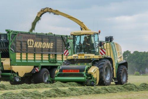 Foto van een Krone Big X. Geplaatst door Johan D op 29-05-2016 om 19:18:05, op TractorFan.nl - de nummer 1 tractor foto website.