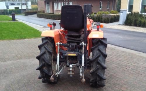 Foto van een Kubota B1502 die te koop staat .. Geplaatst door fordson dext op 11-01-2018 om 18:25:52, op TractorFan.nl - de nummer 1 tractor foto website.