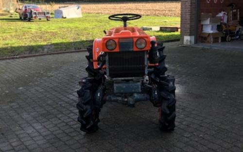 Foto van een Kubota B6000 met frees. Geplaatst door Majorpower op 05-01-2020 om 16:11:24, op TractorFan.nl - de nummer 1 tractor foto website.