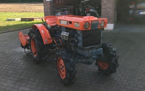 Foto van een Kubota B6000 met frees. Geplaatst door Majorpower op 05-01-2020 om 16:11:27, op TractorFan.nl - de nummer 1 tractor foto website.