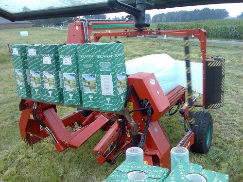Kverneland wikkelaar van Loon- & Grondverzetbedrijf Wilmink uit Enter. www.loonbedrijfwilmink.tk  Foto's van AgriTwente. www.AgriTwente.wordpress.com   MVG, Oscar Braamhaar
