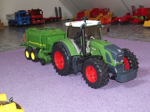 Landbouw miniaturen 1:16 Fendt Wallpaper
