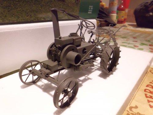 Landbouw miniaturen 1:16 dieselross Tapeta