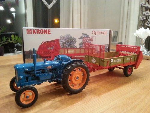 Landbouw miniaturen 1:16 Fordson van wouter6030