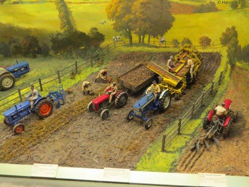 Landbouw miniaturen 1:16 Fordson Wallpaper