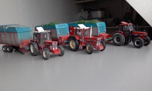 Landbouw miniaturen 1:32 International van chris33