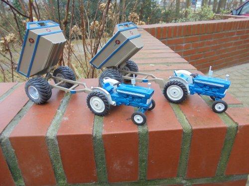 Landbouw miniaturen 1:32 Ford van bob de bouwer