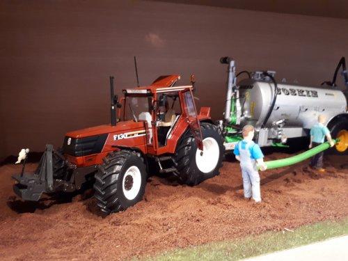 Landbouw miniaturen 1:32 Fiat van tombo