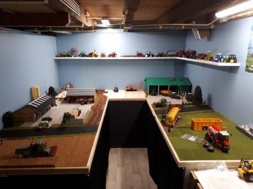 Foto van een Landbouw miniaturen 1:32 diorama. Geplaatst door renault gek op 01-02-2019 om 18:18:28, met 7 reacties.