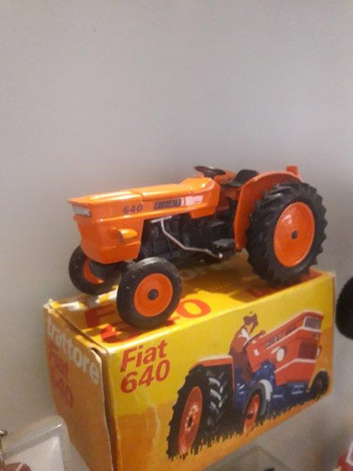 Landbouw miniaturen 1:32 Fiat van stijn-de-bock