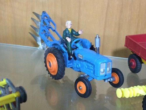 Landbouw miniaturen 1:32 Fordson van noordhof