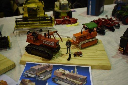 Foto van een Landbouw miniaturen 1:32 Fiat. Geplaatst door jordi 1455 op 11-12-2019 om 21:38:49, op TractorFan.nl - de nummer 1 tractor foto website.