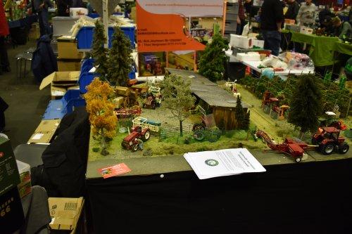 Foto van een Landbouw miniaturen 1:32 diorama. Geplaatst door jordi 1455 op 15-12-2019 om 22:03:11, op TractorFan.nl - de nummer 1 tractor foto website.