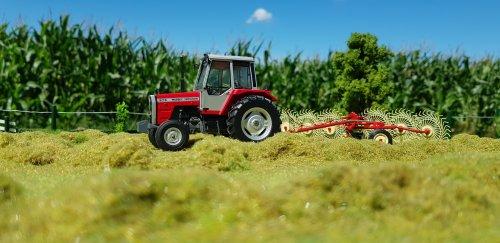 Foto van een Landbouw miniaturen 1:32 Massey-Ferguson. Geplaatst door Kimi4ever op 04-08-2020 om 15:17:42, met 3 reacties.