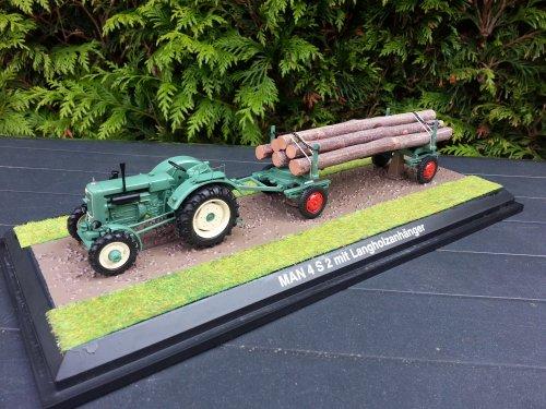 Landbouw miniaturen 1:43 M.A.N. van Roelll