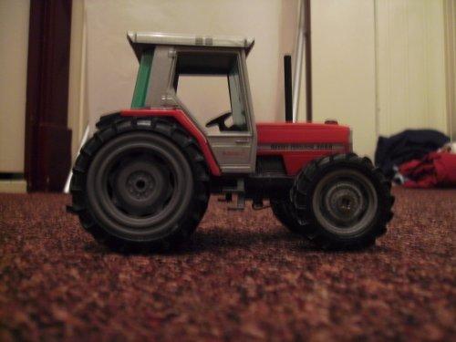Landbouw miniaturen 1:32 Massey-Ferguson van MF6480