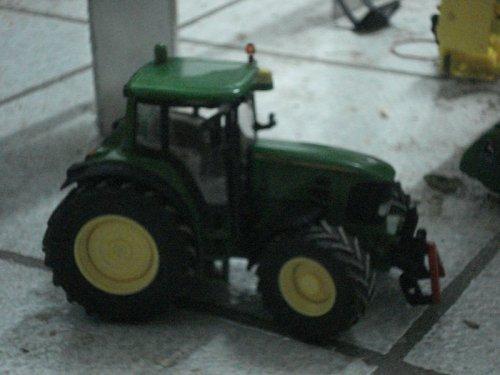 Landbouw miniaturen 1:32 John Deere van jochie
