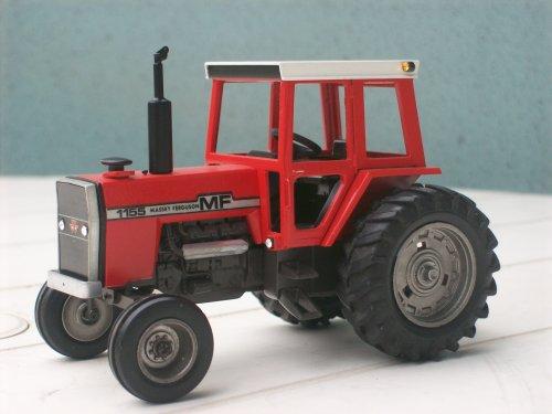Landbouw miniaturen 1:43 Massey Ferguson van kramer