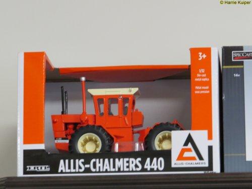 Foto van een Landbouw miniaturen schaal onbekend Meerdere. Geplaatst door oldtimergek op 19-07-2017 om 20:26:44, op TractorFan.nl - de nummer 1 tractor foto website.