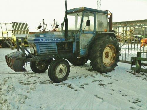Foto van een Leyland 270, bezig met poseren.. Geplaatst door aldertjd op 09-12-2012 om 16:37:08, met 3 reacties.