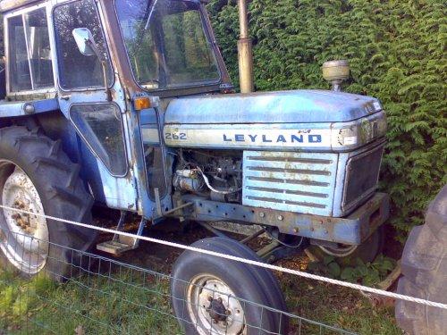 Leyland 262 van PatrickZ