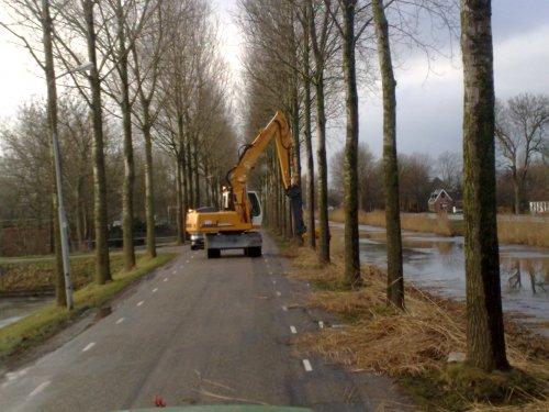 @ Stompetoren: Hoogheemraadschap aan het riet knippen aan de Noordervaart.. Geplaatst door Fendt614LS op 09-01-2009 om 19:50:52, met 2 reacties.