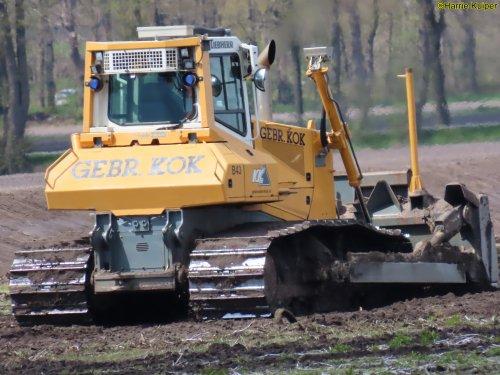 Foto van een Liebherr bulldozer van Gebr Kok ( Bakkeveen ). Geplaatst door oldtimergek op 25-06-2021 om 11:14:21, op TractorFan.nl - de nummer 1 tractor foto website.
