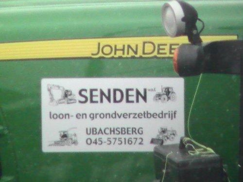 Foto van een Logo Loonbedrijf senden, bezig met poseren.. Geplaatst door steyrlanzboy op 21-06-2011 om 19:11:39, met 6 reacties.