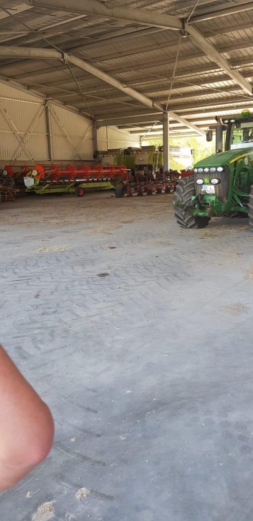 Foto van een Machines Diverse, afgelopen zomer rondje door oost Duitsland. Geplaatst door bram power op 29-01-2020 om 21:02:08, op TractorFan.nl - de nummer 1 tractor foto website.