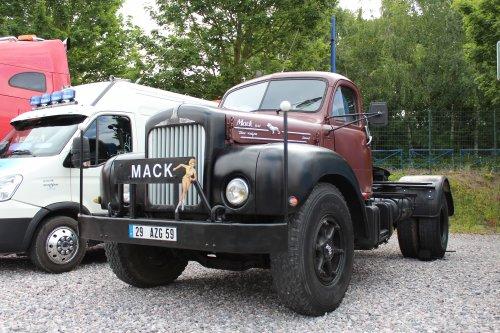 Foto van een mack B.. Geplaatst door michael-hoeven op 21-06-2017 om 14:33:24, op TractorFan.nl - de nummer 1 tractor foto website.